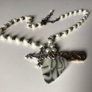 amen neckless with cross